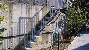 Scala da esterno a rampa