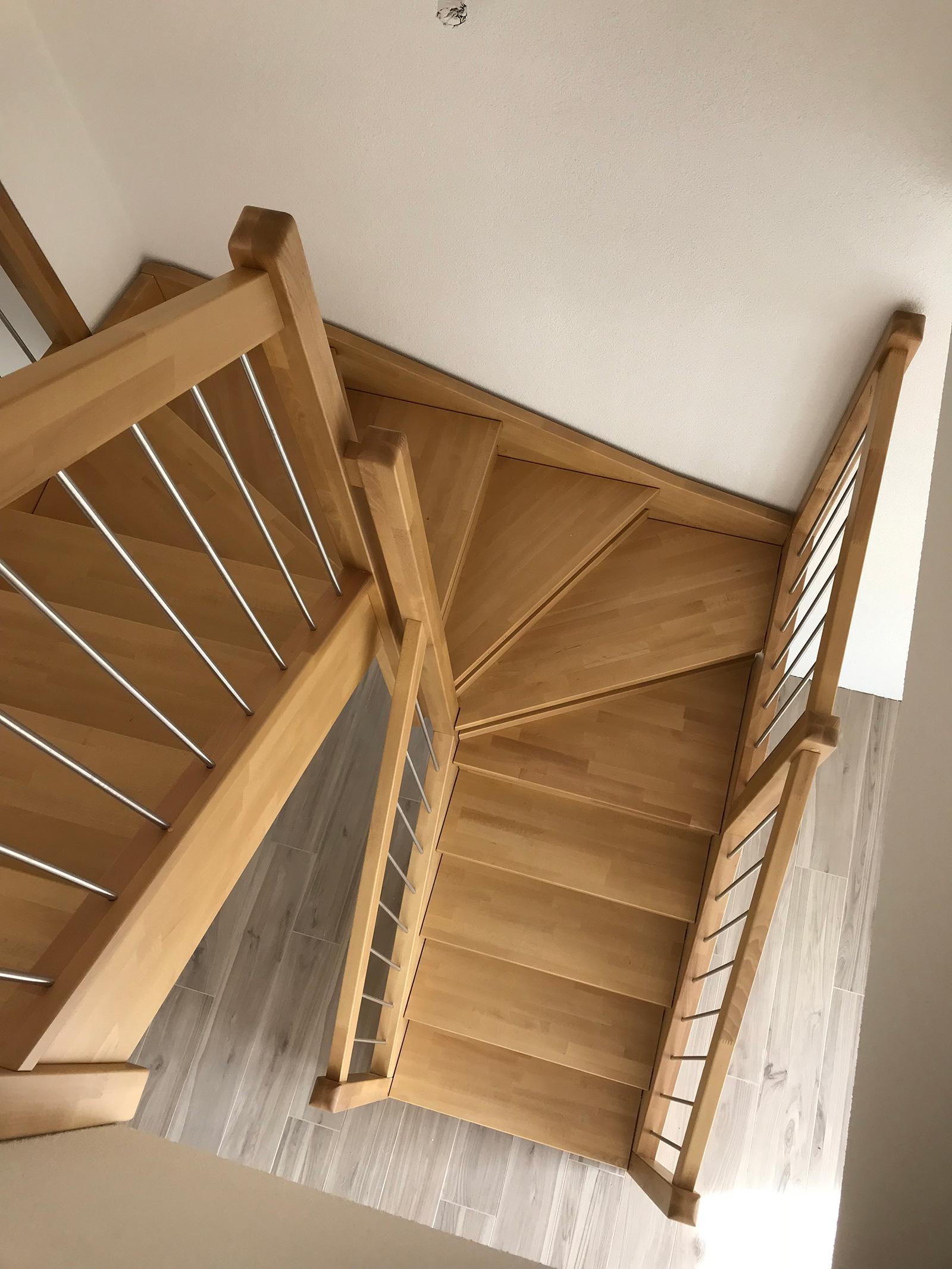 scale-da-interno-in-legno-2